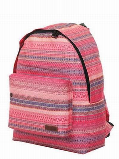 sac de voyage roxy ready to go sac roxy bandouliere sac roxy winter fruit. Black Bedroom Furniture Sets. Home Design Ideas